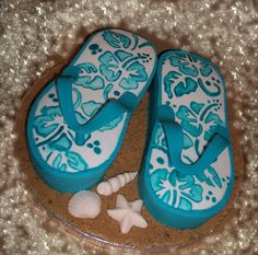 Flip Flops Cake by Cake~n~Bake, via Flickr. Great for a Beach Party theme.