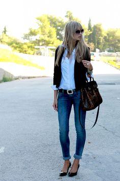 chupin azul, camisa bca, blazer negro !!!