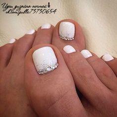 ideas french pedicure designs glitter toe wedding nails for 2019 Wedding Toe Nails, Wedding Toes, Wedding Pedicure, Wedding Nails For Bride, Wedding Nails Design, Bride Nails, Bridal Toe Nails, Summer Wedding, Prom Nails