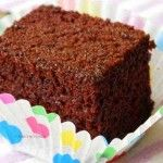 How to make soft eggless cake with chocolate flavor How to make soft and yummy eggless cake recipes with vanilla and chocolate flavor Healthy Chocolate Desserts, Vanilla Desserts, Eggless Desserts, Eggless Baking, Chocolate Cake Recipe Easy, Dairy Free Chocolate, Chocolate Flavors, Chocolate Recipes, Eggless Recipes