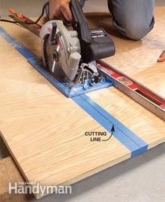 We show you out seven best tips for making smoother, straighter and more accurate cuts on big sheets of plywood. Your circular saw can cut just as well as a table saw.