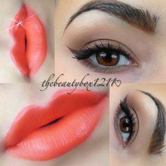 Wet N Wild Color Icon Eyeshadow Palette 249 Vanity      Maybelline     Color Sensational Vivids Lipco...     Electric Orange