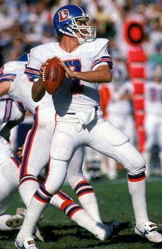 John Elway // Denver Broncos. I hated this bastard. Was not a Bronco fan but can't deny his ability & leadership!