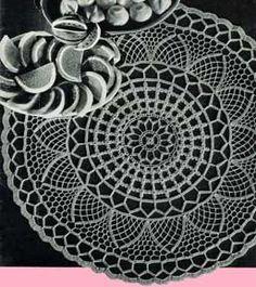 Crochet Doilies - Vintage Doily Crochet Patterns - Four Leaf Clover Doily