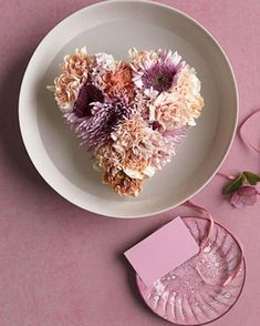 Flower Decoration Ideas For Valentine's Day Check more at http://furnituremodel.info/61134/flower-decoration-ideas-for-valentines-day/