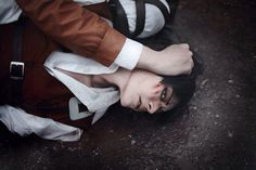 Levi in the Underground- man this cosplay is FABULOUSLY done.