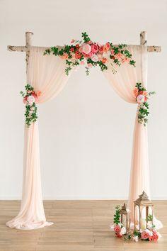 Wedding Arch Flowers, Floral Wedding, Diy Wedding, Wedding Greenery, Wedding Ideas, Simple Wedding Arch, Coral Wedding Flowers, Home Wedding Decorations, Stage Decorations