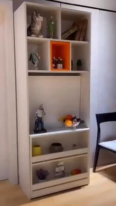 Folding Furniture, Smart Furniture, Furniture For Small Spaces, Space Saving Furniture, Home Decor Furniture, Diy Home Decor, Furniture Design, Space Saving Table, Tiny House Furniture