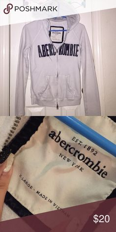 Abercrombie Girls Zip-up White ABERCROMBIE Hooded Zip-Up Sweatshirt, size Girls XLARGE equals Women's XS/SMALL, no stains, great condition abercrombie kids Shirts & Tops Sweatshirts & Hoodies