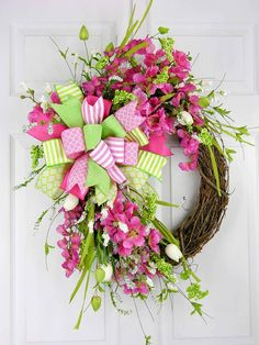 Terri Lynn Marshall, a member of Grow With Nancy is showing off her #SpringandSummer Wreath!  Join Grow With Nancy today if you're a #crafter and want to sell #handmade online! https://www.facebook.com/groups/GrowWithNancy/