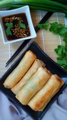 Vegetable Egg Rolls Vegetarian and vegan friendly delicious spring rolls with a savory dipping sauce. Great for an appetizer, snack, lunch, dinner, or whenever! Vegan Foods, Vegan Snacks, Vegan Dishes, Vegetable Egg Rolls, Vegetable Spring Rolls, Veggie Recipes, Vegetarian Recipes, Cooking Recipes, Healthy Recipes