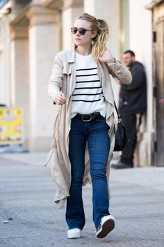 Dakota Fanning wearing Superga 2790a Linea Up and Down Sneakers