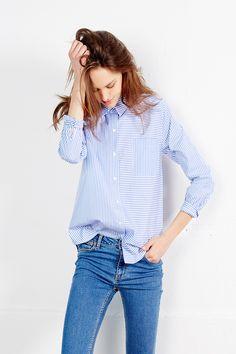 c0f7296824bb5 Cette note lavande pour votre chemise Ulysse rayée donnera du peps à vos  tenues, elle