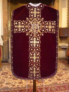 Goldwork, Sacred Art, Crucifix, Rococo, Priest, Catholic, Roman, Textiles, Saree
