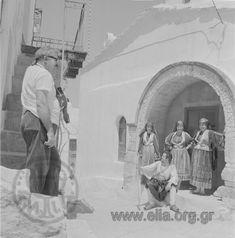 Ταξίδι στη Σκύρο Ιούνιος 1968 Αρχείο/ΣυλλογήΠΑΠΑΔΗΜΟΣ, ΔΗΜΗΤΡΗΣ και ΦΡΑΓΚΙΑ, ΕΛΕΝΗ