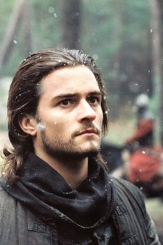 orlando bloom kingdom of heaven Orlando Bloom, Legolas, Johnny Depp, My Sun And Stars, Raining Men, Famous Men, Pirates Of The Caribbean, Brown Hair, Brown Eyes