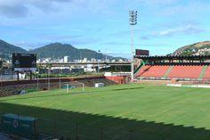Estádio Engenheiro Araripe - Cariacica (ES) - Capacidade: 7,7 mil - Clubes: Rio Branco, Desportiva e Espírito Santo