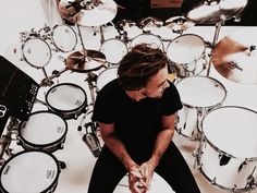 New gram from Ashton Sounds drums feels drums by ashtonirwin 5sos Ashton, 1d And 5sos, Ashton Irwin Hot, Ashton Irwin Drums, Pop Rock Bands, 5secondsofsummer, Michael Clifford, Michael Jackson, Calum Hood