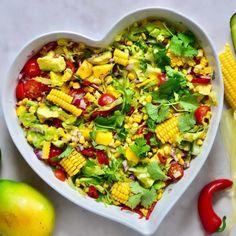 Simple And Healthy Ginger Lemonade - Alphafoodie Healthy Lemonade, Ginger Lemonade, Summer Salad Recipes, Summer Salads, Hummus Platter, Mango Salad, Avocado Salad, Mexican Salads, Squash Salad
