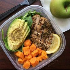 The snack is a topic that is talking about nutrition. Is it really necessary to have a snack? A snack is not a bad choice, but you have to know how to choose it properly. The snack must provide both… Continue Reading → Healthy Meal Prep, Healthy Snacks, Healthy Eating, Healthy Recipes, Keto Recipes, Protein Recipes, Protein Foods, Healthy Weight, Food Goals