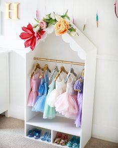 playroom dress up station