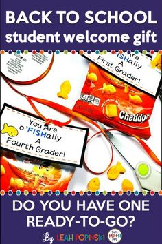 FREE Back to School Student Welcome Gift Tags! These creative and fun back to school gift tags include ideas for non-food student gifts as well as food gifts. All are fast, easy, and inexpensive to put together! Back To School Gifts For Kids, Beginning Of The School Year, Back To School Activities, New School Year, First Day Of School, Middle School, High School, Student Welcome Gifts, Welcome Back Gifts