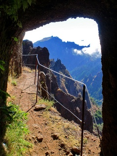 Portugal Travel Inspiration - Path to Pico Ruivo, Madeira Island I am going to make it there one of these days. Funchal, Spain And Portugal, Portugal Travel, Scary Places, Places To Visit, Beautiful Islands, Beautiful Places, Paragliding, Island Life