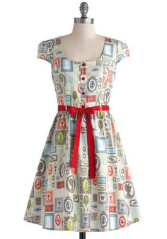 Creative Portrait Dress - Multi, Novelty Print, Buttons, Belted, Casual, Quirky, A-line, Cap Sleeves, Better, Scoop, Mid-length, Cotton, Party