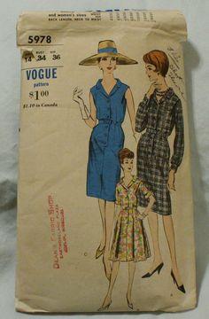 Vogue 5978 Vintage 1960s Wiggle Dress