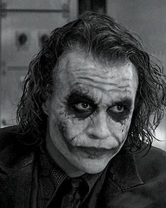Heath Ledger as The Joker👌 Joker Heath, Le Joker Batman, Joker And Harley Quinn, The Joker, Joker Photos, Joker Images, Joker Dark Knight, Best Joker Quotes, Joker Film