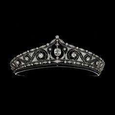 Mellerio dits Meller Kakochnik Inspiration Tiara and Edwardian Jewelry from 1890 https://lh6.googleusercontent.com/-lFYtYSwToo0/Tspd8s29VRI/AAAAAAAAAD8/uCNnmHPgejE/s506-o/1911%252Bca%252B-%252BDiad%2525C3%2525A8me%252BFalize_1.jpg