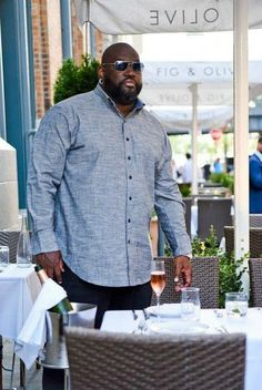 His style: meet mvp collections for the big and tall man. big and tall stylebig and tall outfitsmens Big And Tall Style, Big And Tall Outfits, Mens Big And Tall, Tall Men Fashion, Mens Fashion Suits, Chubby Men Fashion, Gq Fashion, Fashion Black, Fashion Rings