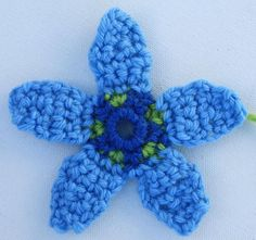 Create a Colorful Flower Applique with This Free Crochet Pattern