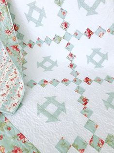 Baby Quilt Patterns PDF Easy Quilt Pattern Antique Quilt image 1