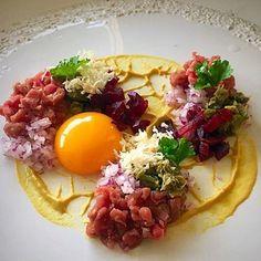 Beef tartare by @chefrichardkarlsson #chefsroll #rollwithus