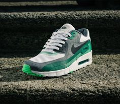 So Cheap! Im gonna love this site!Check it's Amazing with this fashion Shoes! get it for 2016 Fashion Nike womens running shoes Nike Kobe 9 EM Laser Crimson (Detailed Pics Release Info) Nike Air Max 90s, Air Max Sneakers, Sneakers Nike, Sneakers Style, Nike Running Shoes Women, Nike Women, Reebok, Nike Wedges, Baskets