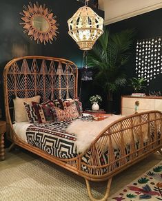 The ultimate tiki bed!