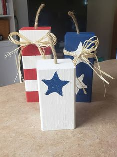 4th July Crafts, Fourth Of July Decor, 4th Of July Decorations, July 4th, Picnic Decorations, 4x4 Wood Crafts, Wood Block Crafts, Wood Projects, Americana Crafts
