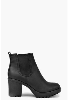 Tendance Chaussures 2017/ 2018  BOTTINES AJOURÉES BOUCLE CHAUSSURES FEMME  FEMME PULL\u0026BEAR France. Tia Chunky Cleated Heel Chelsea Boot