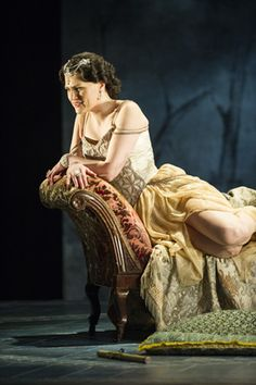 REVIEWED: The return of LA TRAVIATA to Leeds Grand Theatre...