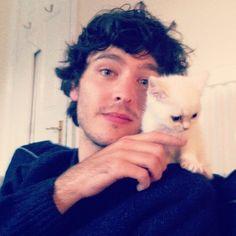 Alex Vlahos with his kitten, Watson!