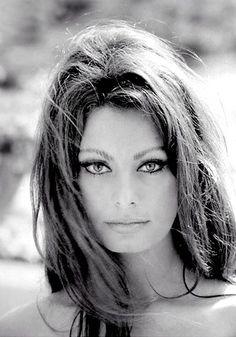 Inconfundible Sofia Loren, un rostro para recordar.