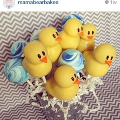 Love this set of duck and blue marbled cake pops!