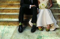 Wedding couple sitting on the stairs with matching green socks and shoes Wedding Stairs, Wedding Pics, Wedding Couples, Dream Wedding, Wedding Dresses, Wedding Ideas, Wedding Bells, Wedding Stuff, Wedding Planning