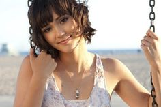 Dia Frampton. Half of the Indie-pop sister group Meg & Dia, and runner-up on season 1 of 'The Voice'.