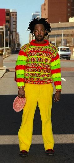 """Nontsikelelo """"Lolo"""" Veleko is an acclaimed fine art photographer known for her depiction of South African street style which strongly resemble Shoichi Aoki's Fruits . Men's Fashion, Fashion Beauty, Fashion Trends, Street Fashion, African Print Fashion, Africa Fashion, African Prints, African Art, Kitenge"""