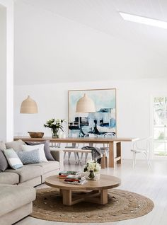 Coastal Home Gets A Minimalist Makeover Homes To Love