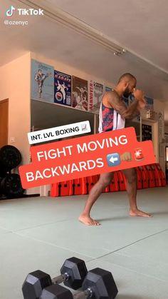 Boxing Workout Routine, Boxing Training Workout, Mma Workout, Kickboxing Workout, Gym Workout Videos, Weight Training Workouts, Boxing Techniques, Jiu Jitsu Techniques, Martial Arts Techniques