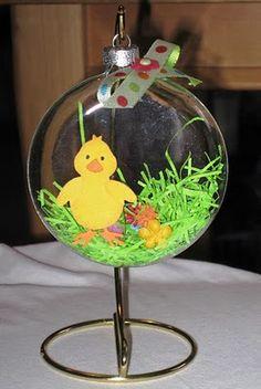 Green Eyed Girl Crafts...: Easter Hanging Bulb
