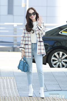 Pin by adehizm ♥ on snsd airport fashion snsd airport fashio Snsd Fashion, Korean Fashion, Girl Fashion, Fashion Outfits, Jessica Jung Fashion, Jessica Jung Style, Cop Outfit, Airport Fashion Kpop, Différents Styles